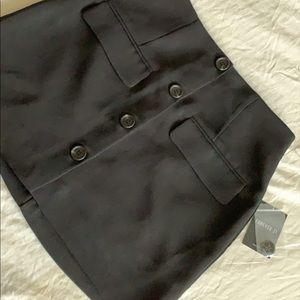 Back button skirt